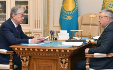 Kassym-Jomart Tokayev received Chairman of the Supreme Judicial Council Talgat Donakov